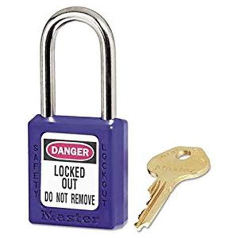 cadenas et clé en anglais master lock 410 verrouillage cadenas bleu fr