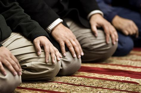 Why Do Muslims Pray On A Mat by 9 Things Muslims Think About While Praying Mvslim