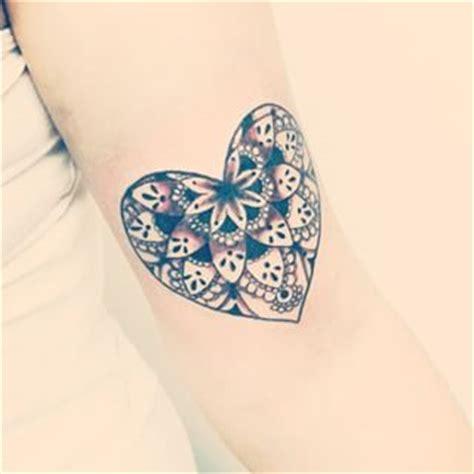 tattoo mandala coracao 74 ideias de tatuagem mandala incr 237 veis significados