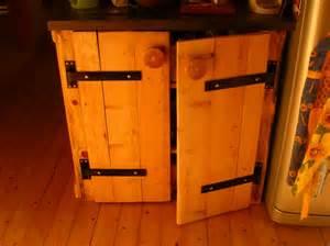 fabriquer porte de placard en bois myqto