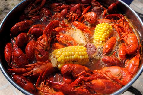 la cuisine crawfish boil recipe dishmaps