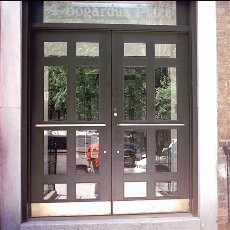 Glass Door Store by Choosing Exterior Doors For Home Storefront Doors Commercial Glass Aluminum Doors For Stores