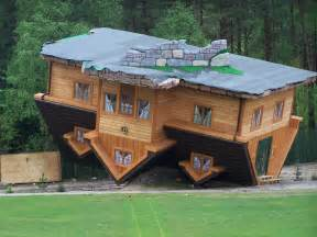 upside down house house upside down poland szymbark near gdańsk danmar