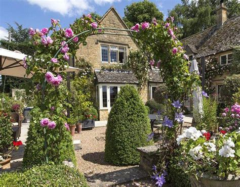 house garden england edition gardens that rival chelsea flower show pictures pics express co uk
