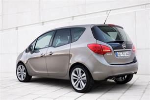 Opel Minerva Opel Meriva 2010 â System Flexdoor â Oficjalne Zdjä Cia