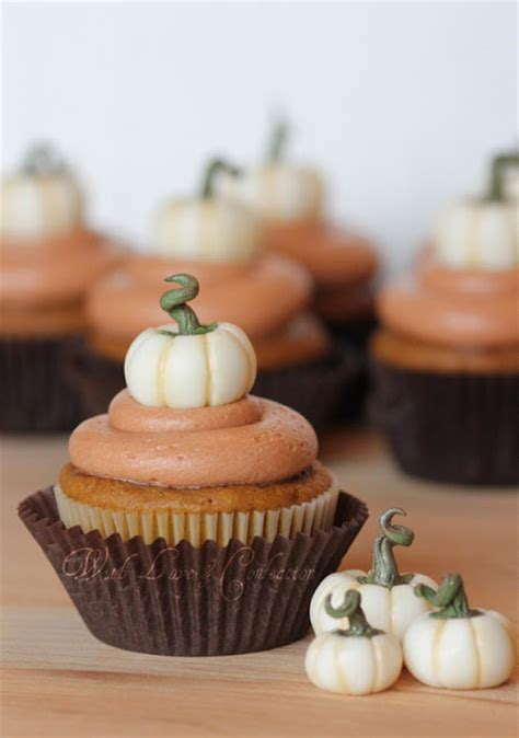 Pumpkin Decorated Cupcakes by With Confection White Chocolate Pumpkins Tutorial