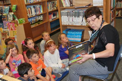 lincoln school redondo lincoln loses a librarian snow closes a chapter on