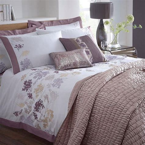 lavender and white bedroom purple and white bedroom combination ideas