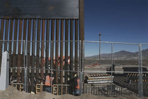 trumps wall plan moves   design firms