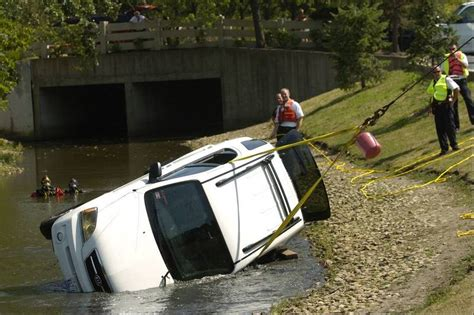 The Treehouse Schaumburg - woman drives car into schaumburg pond escapes unharmed