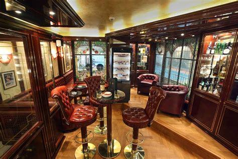 Interior Decoration In Home Hotel Alex Zigarren Lounge