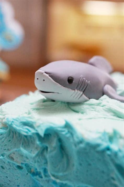 baby shark fondant fondant shark party ideas pinterest more fondant
