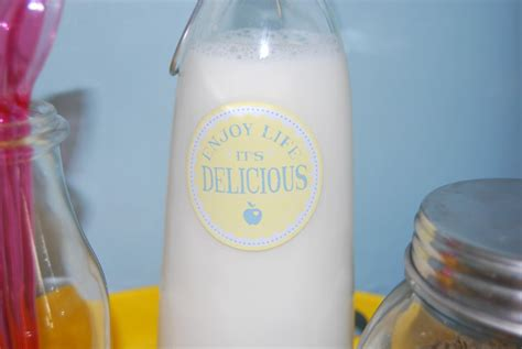 design your own milk bottles summer kitchen d 233 cor create your own mini breakfast bar