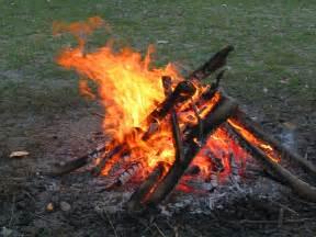 Dakota Fire Pit by File Campfire 4213 Jpg Wikimedia Commons