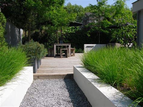 contemporary gardens 110 best modern gardens images on pinterest contemporary