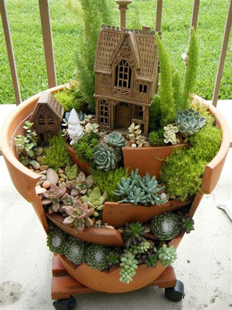 Fairy gardens with succulents from broken pots world of succulents