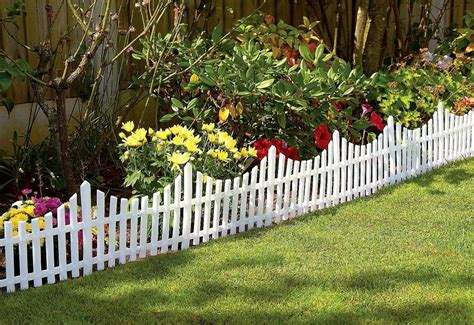 Flower Garden Fence Wood Fence Designs And Types Hirerush