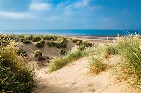 sand beaches 10 things to get up to in camber sands