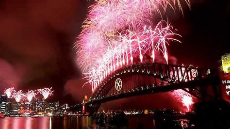 new year mp4 free happy new year 2013 sydney dubai istanbul new