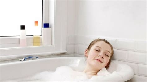 shower before bed 7 tips for the best sleep ever abc news