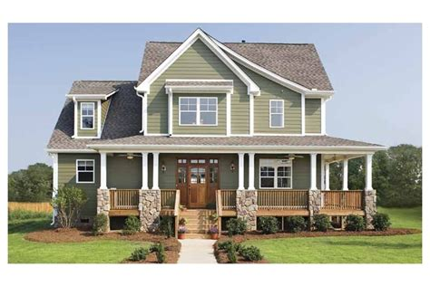 craftsman farmhouse glorious farmhouse hwbdo12501 craftsman from
