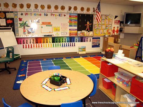 kindergarten room themes peek into pre kindergarten the school supply addict
