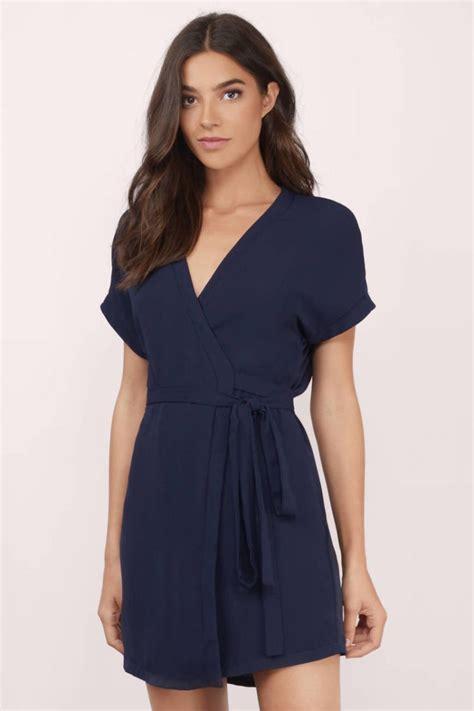 Abstrak Dress Navy dear mahmud 4 busana ini bisa jadi inspirasi gaya kamu pasca melahirkan