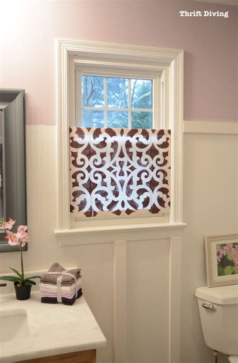 Best 25 Bathroom Window Privacy Ideas On