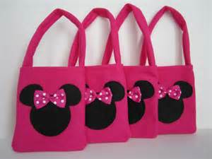 Minnie Mouse Favor Bags by Items Similar To Minnie Mouse Pink Favor Bags Set Of 4