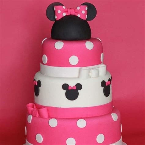 birthday themes minnie mouse minnie mouse birthday party ideas popsugar moms