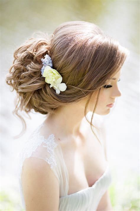 Wedding Hairstyles Brides Magazine by Fabulous Wedding Hairstyles Bridal Updos The Magazine