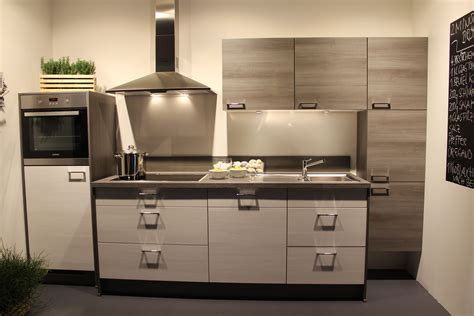 European Kitchen At Professional Appliances Ikea Design European Kitchens Designs
