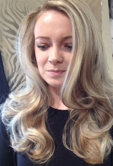 short feathered blow dry hairstyles short feathered blow dry hairstyles the interesting