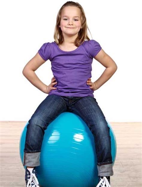 gymnastikball stuhl gymnastikball statt stuhl schule stellt auf sitzb 228 lle um