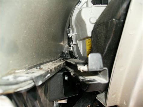 how to remove damage front bumper on a 2012 infiniti qx removing front bumper r230 mbworld org forums