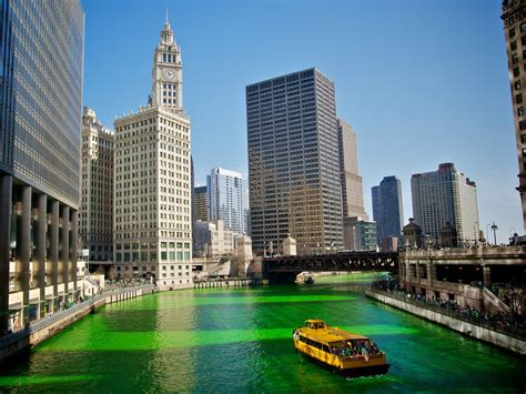 chicago river st s day history facts about st s day insider