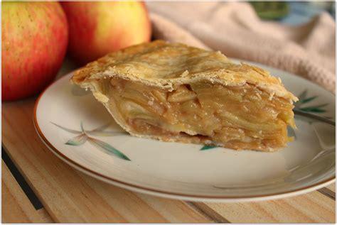 delicious easy homemade apple pie recipe food fun faraway places