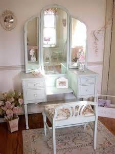 Antique Vanity Sets For Bedrooms More Than 25 Vanity Cabinet Or Make Up Dresser Designs