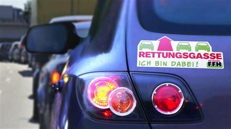 Rettungsgasse Aufkleber Lkw by Der Ffh Rettungsgassen Aufkleber Ffh De