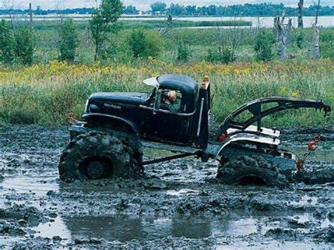 truck mud bogging 17 best images about mud bogging on chevy