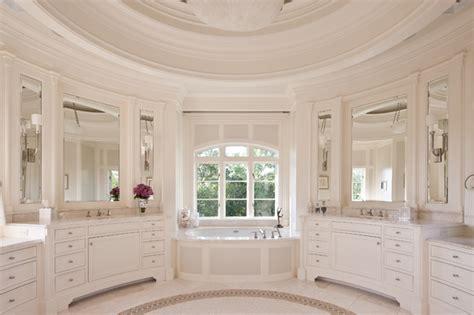 Placard Salle De Bain 761 by Traditional Bathroom