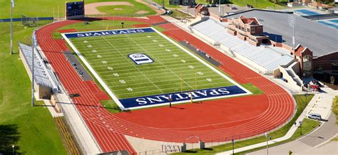 dubuque track chalmers field and miller track