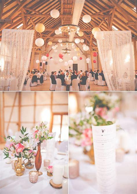 Holz Dekoration Hochzeit by Hochzeit Mit Messing Holz Und Rosat 246 Nen Anmut Und