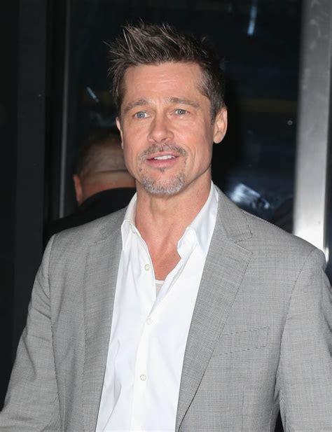 Brad Pitt In Well Tailored Suit At New York Premiere Of Okja Brad Pitt