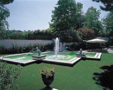 giardino con fontana giardino con fontana foto di domus caesari marino