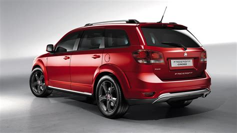 best rugged vehicles fiat freemont cross rugged looking v6 awd seven seat suv here in q3 photos 1 of 2