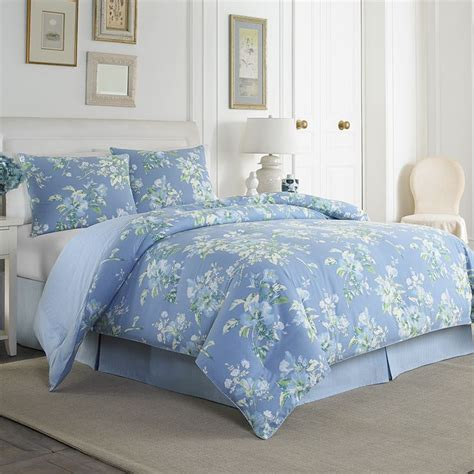 ashley comforter sets 1000 images about laura ashley bedding on pinterest bedding collections laura ashley and