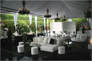 Rental Chandeliers For Weddings Bubbly Bride Not Your Typical Backyard Wedding Onewed