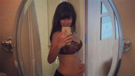 post c section body mommy tweets hilaria baldwin defends her post baby body