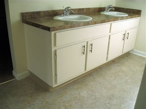 can you paint formica kitchen cabinets can you paint kitchen cabinets how to paint kitchen